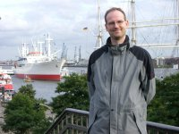 Volker am Hamburger Hafen